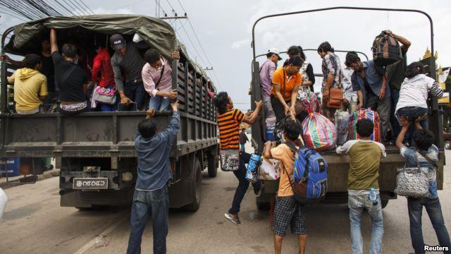 การไล่ล่าคนงานเขมรกับพม่าขัดกับผลประโยชน์คนไทยส่วนใหญ่