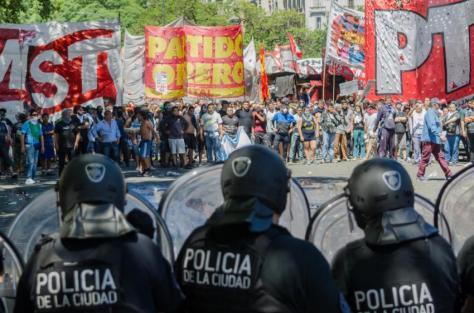 p18 argentina protest