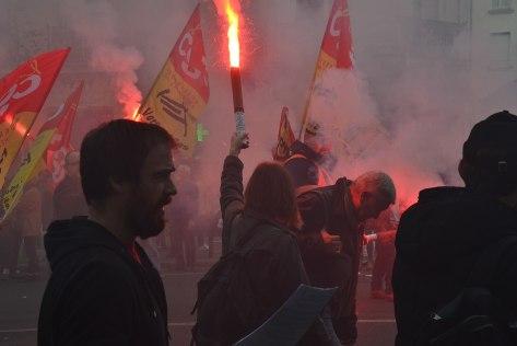 1920px-Manif_fonctionnaires_Paris_contre_les_ordonnances_Macron_(37572386626)