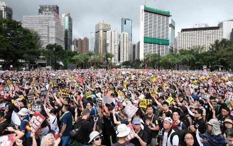 hong-kong-protests-august2019-ap-img